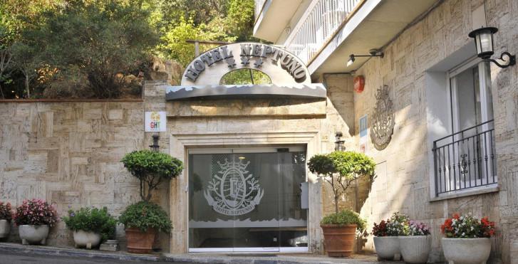 Bild 23952351 - Hotel GHT Neptuno