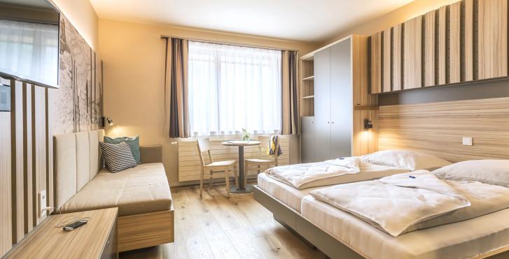 Chambre familiale - JUFA Hotel Malbun Alpin Resort -  Forfait ski