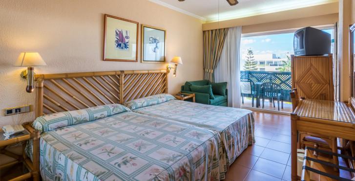 Doppelzimmer - Blue Sea Costa Bastian