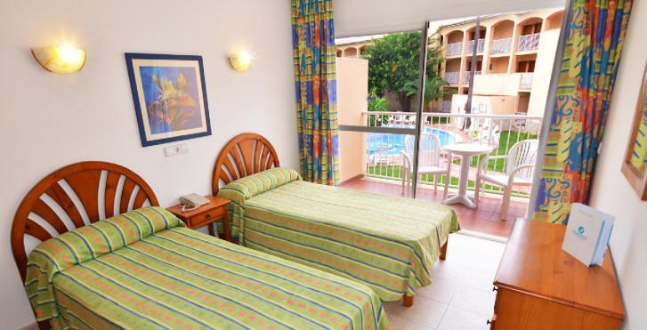 Bild 24609976 - Hotel Playasol Cala Tarida
