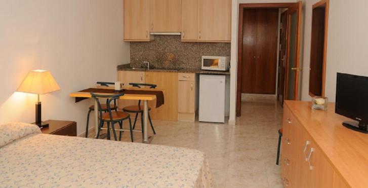 Image 25008190 - Apartaments Ar Santa Anna II