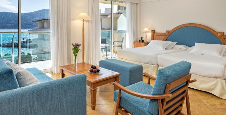 Bild 28606580 - H10 Blue Mar Hotel