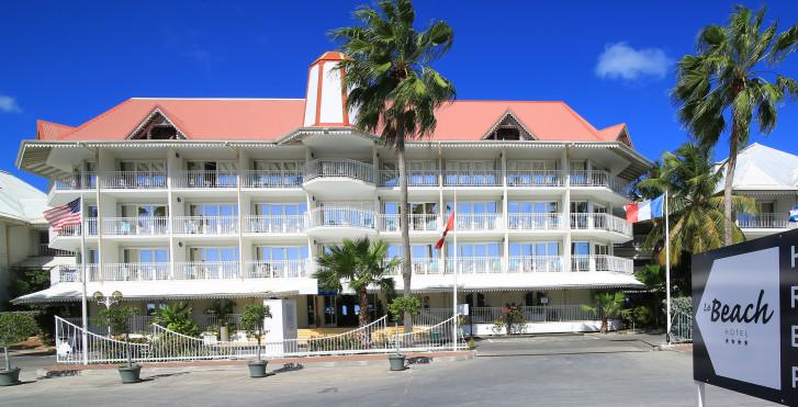 Beach Plaza