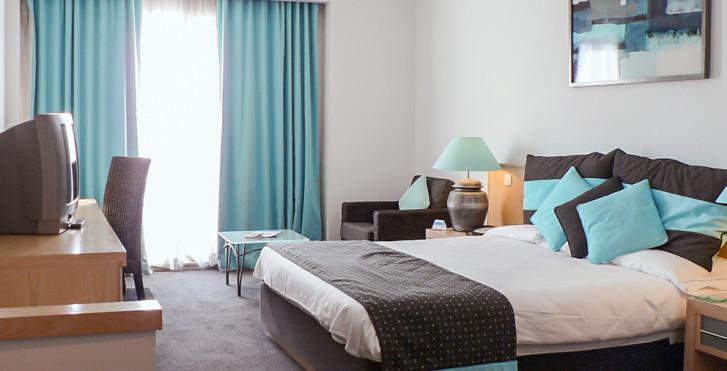 Image 25602252 - Hôtel Juliani