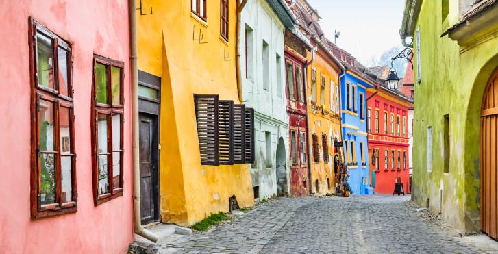 Bunte Fassaden in Sighișoara, Rumänien