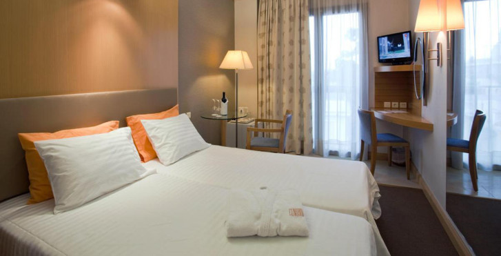 Bild 26195671 - Central Athens Hotel