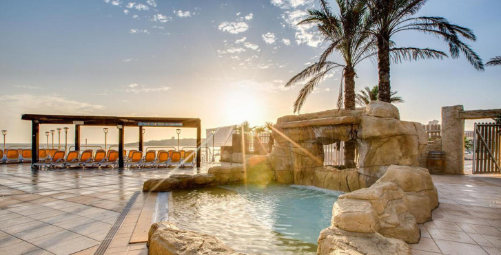 Image 26271482 - Sunny Coast Resort