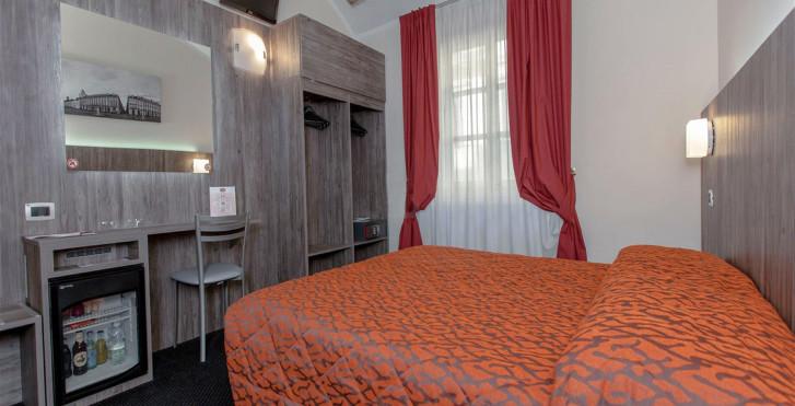 Image 28686346 - Hôtel Urbani