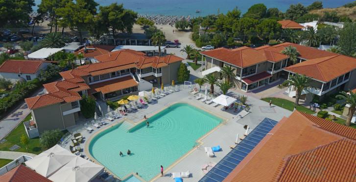 Image 26462856 - Lagomandra Beach
