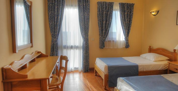 Cornucopia Hotel