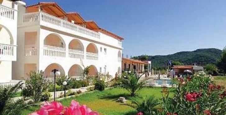 Bild 27408272 - Plessas Palace