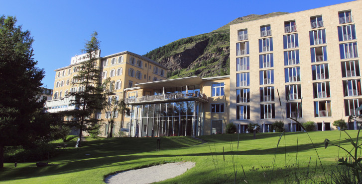 Hôtel Saratz - remontées inclus en été