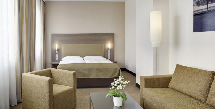 Image 27294936 - InterCity Hotel Leipzig