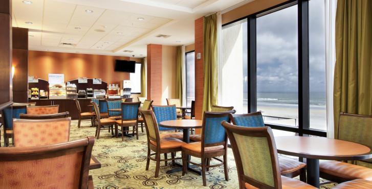 Holiday Inn Express & Suites Oceanfront, Daytona Beach