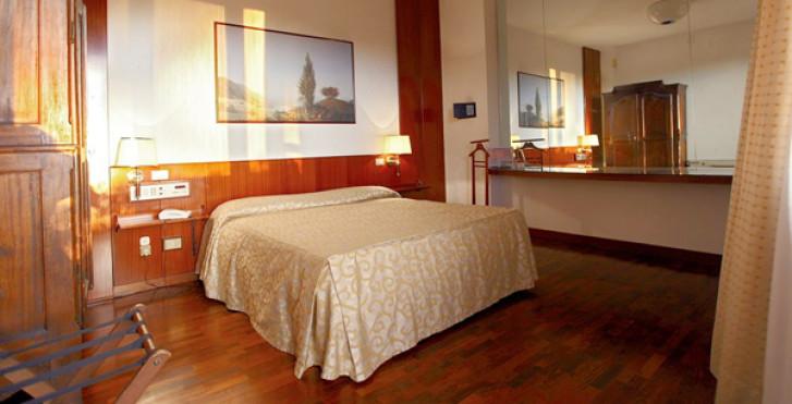Image 27713428 - Grand Hôtel Duomo