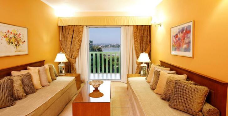 Image 8039983 - Ariti Grand Hotel