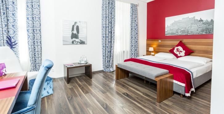 Image 28464585 - Villa Carlton