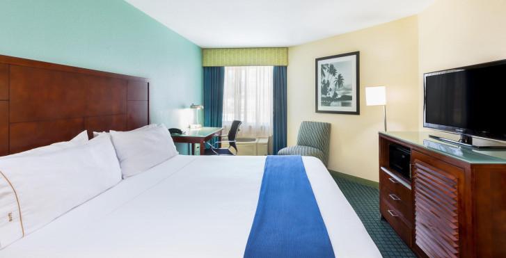 Bild 28519250 - Holiday Inn Express San Diego Sea World - Beach Ar