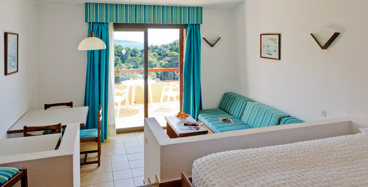 Giverola Resort - Vacances de tennis, y compris forfait tennis