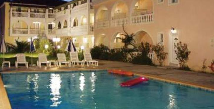 Image 27408276 - Plessas Palace