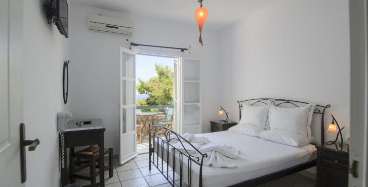 Doppelzimmer Gartensicht - Yperia Hotel
