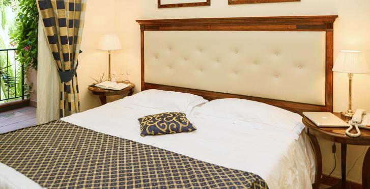 Image 29643287 - Capo dei Greci Hôtel