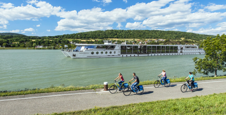 Image 30577094 - Vélo et bateau: Primadonna, véloroute du Danube / Passau-Vienne-Passau