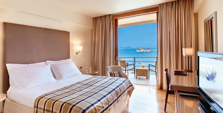 Image 31268365 - Amphitryon Hotel