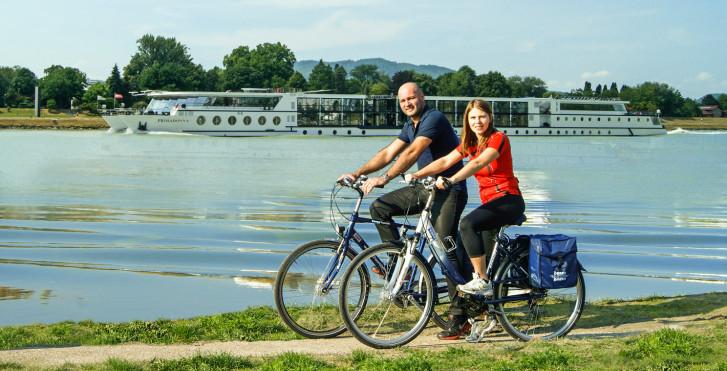 Rad & Schiff: Passau-Budapest-Passau / MS Primadonna