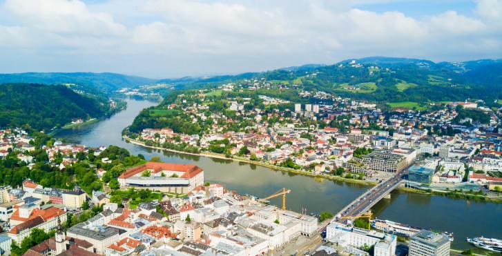 Panoramasicht auf die Landeshauptstadt Linz
