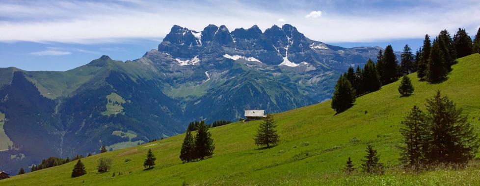 Chaîne de montagnes Dents du Midi