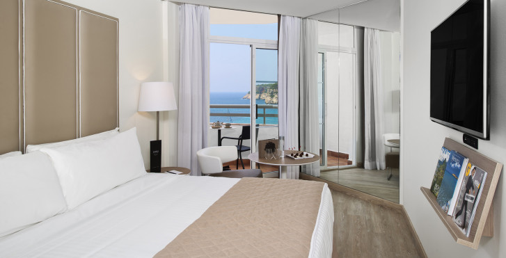 Image 32103050 - Hôtel Melia Cala Galdana