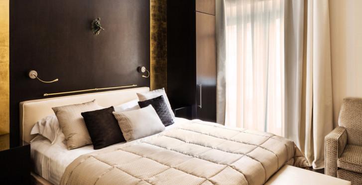 Image 31955990 - Baglioni Hotel London