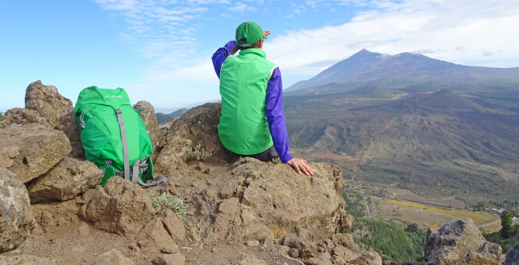 Image 32075967 - Tenerife, paradis de la randonnées: entre Atlantique sauvage, côtes ensoleillées et pierres volcaniques
