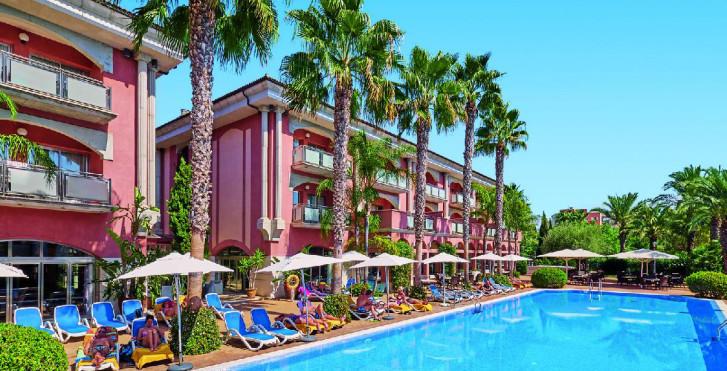 Image 32303618 - Allsun Hotel Estrella & Coral de Mar Resort