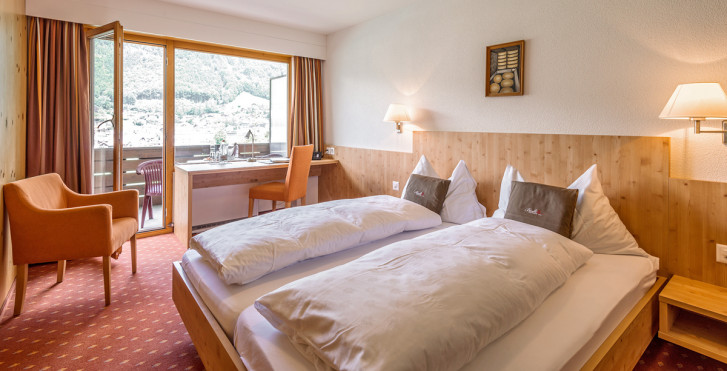 Chambre double - Hotel Bänklialp
