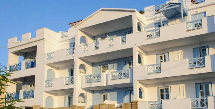 Erato Seaside Hotel