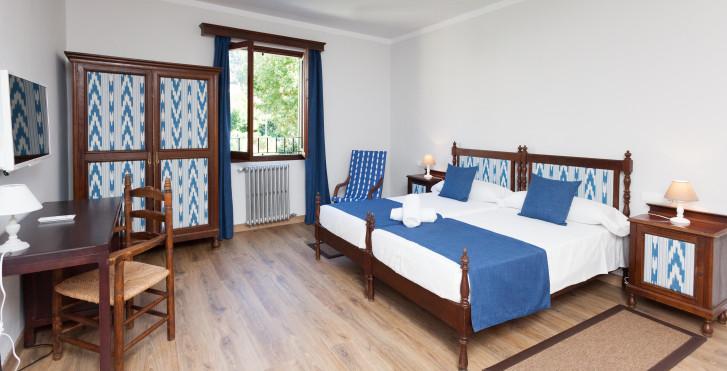 Bild 35838423 - El Guia Hotel
