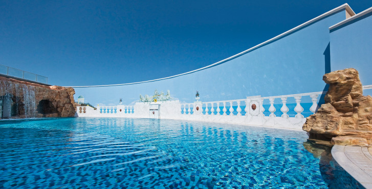 Spa Pool - La Marquise