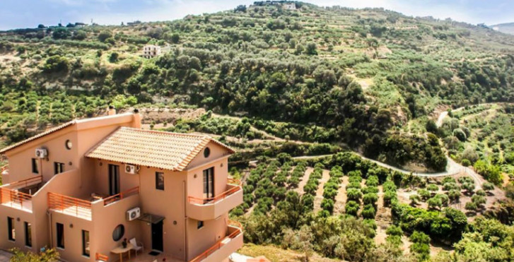 Estate Kares, Villa Ira