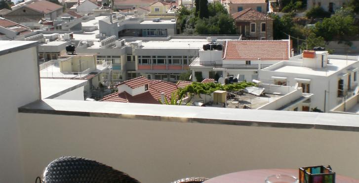 Virginia Hotel, Samos