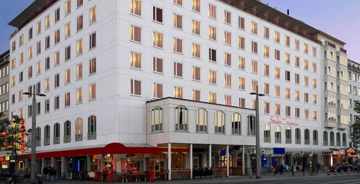 Star Inn Hotel Premium Bremen Columbus, by Quality