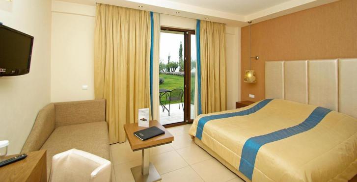 Bild 26615715 - Mediterranean Village Hotel & Spa