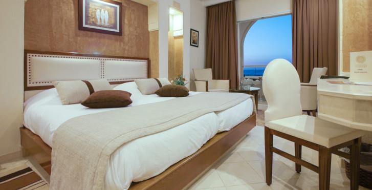 Hotel Telemaque Beach & Spa