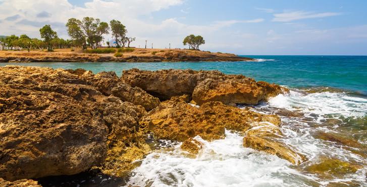 Récif rocheux à Gouves
