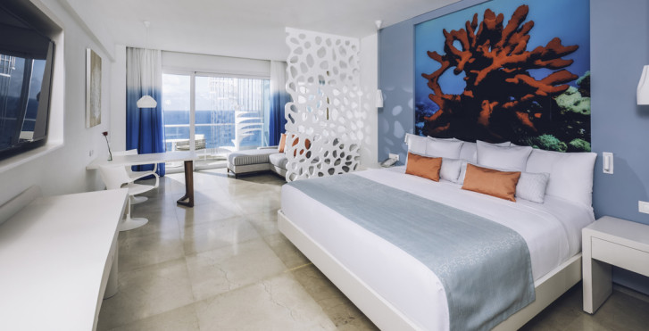 Suite Junior Ocean Front Star Prestige - Coral Level at Iberostar Selection Cancún