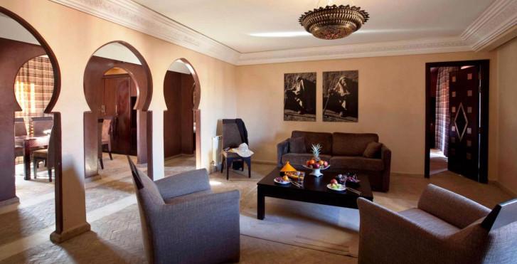 Bild 28902575 - Dellarosa hotel suites & spa