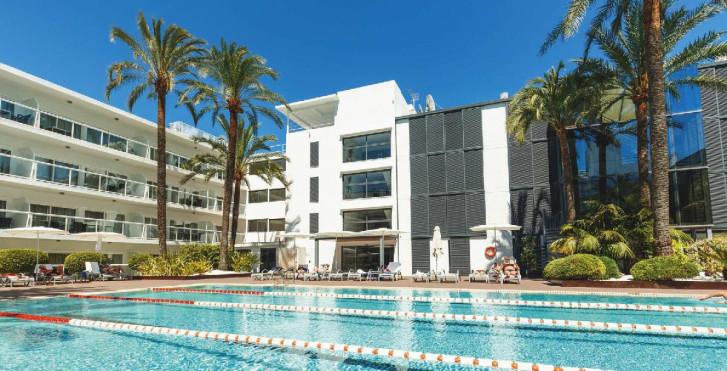 Image 36175499 - Las Gaviotas Suites Hotel
