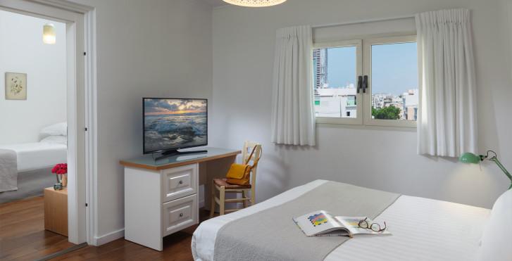 Zimmer - Dizengoff Suites
