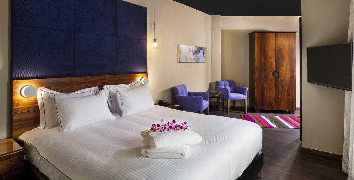 Zimmer - Port and Blue TLV Suites Hotel